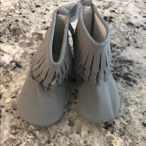 NWT old navy baby fringe booties